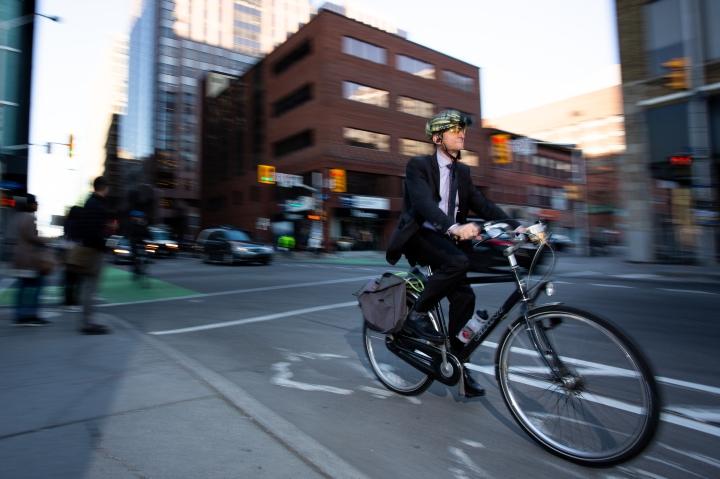 18058-Bike to Work Breakfast-0417